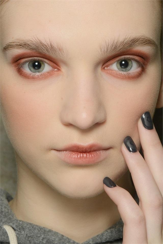 Unghie Fashion: Unghie, I Trend Dalle Sfilate Di Milano