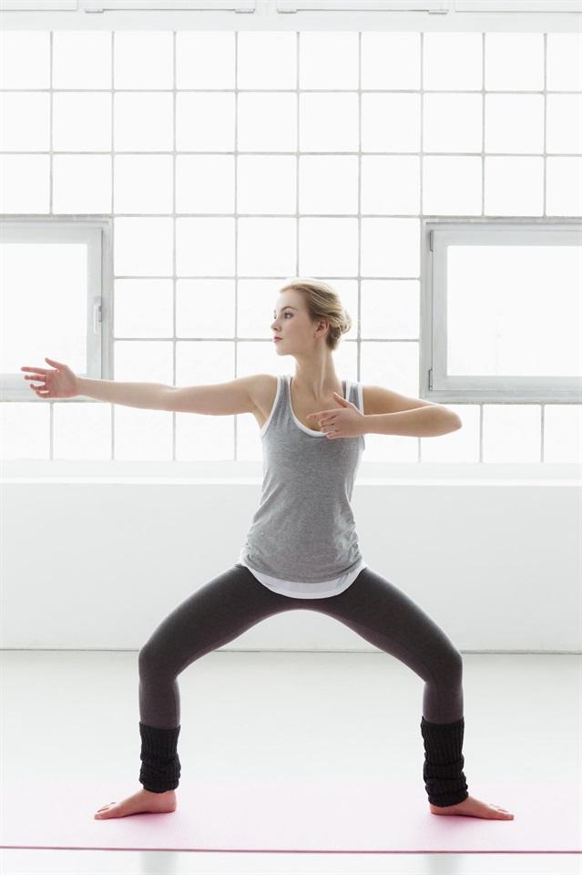 Gli esercizi per dimagrire sui fianchi for Dimagrire interno coscia benessere 360