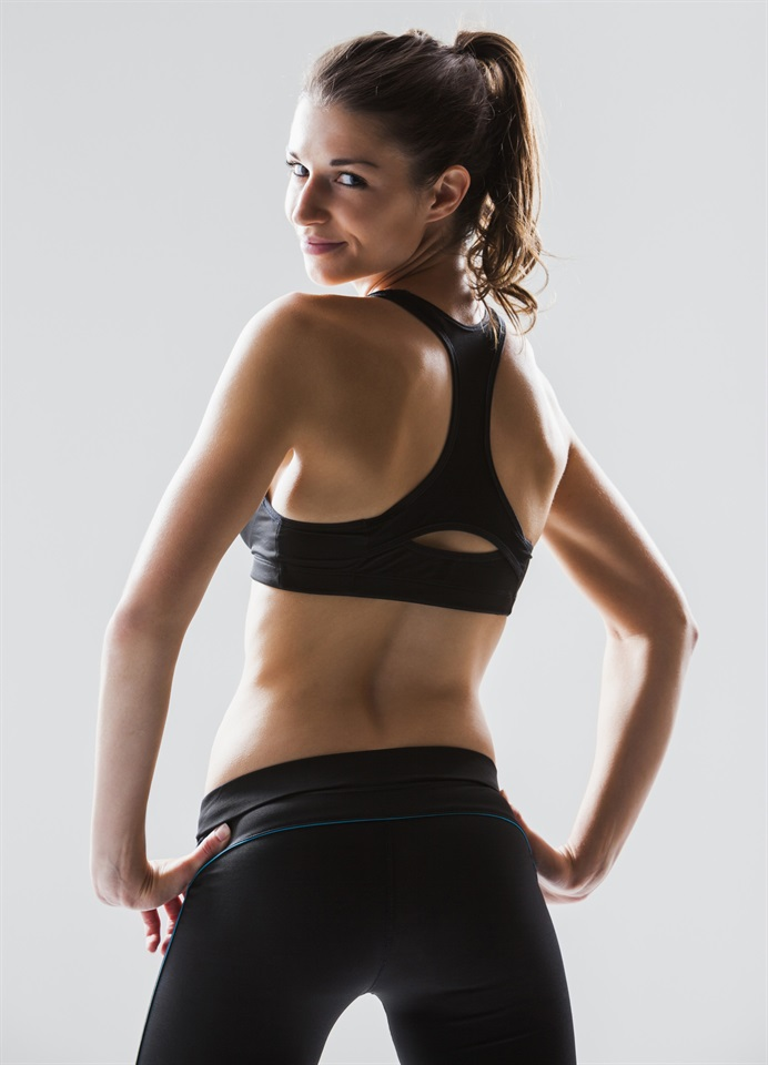 Gli esercizi per riunirsi in uno stomaco da Anita Lutsenko