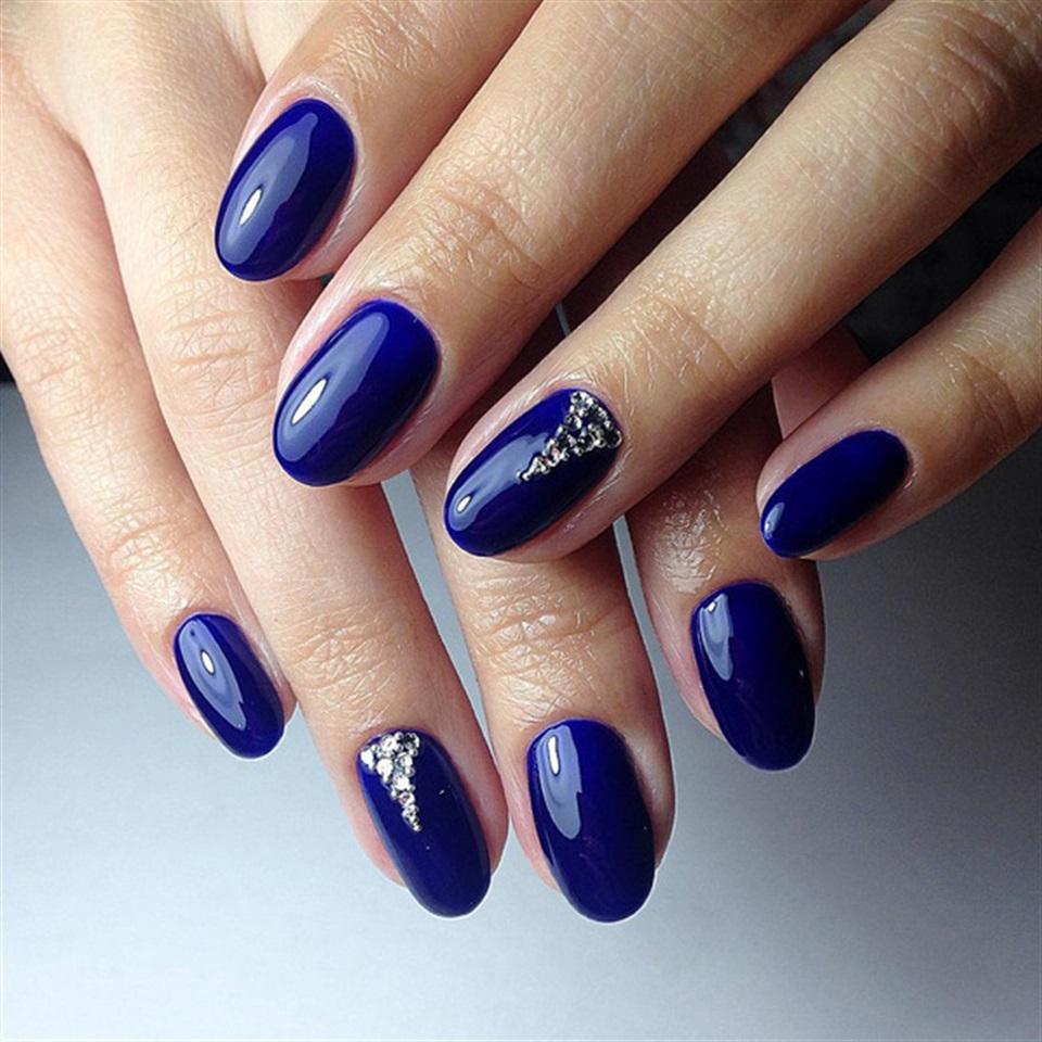 Unghie 2016 40 decorazioni oltre la nail art for Decorazione e applicazione unghie finte