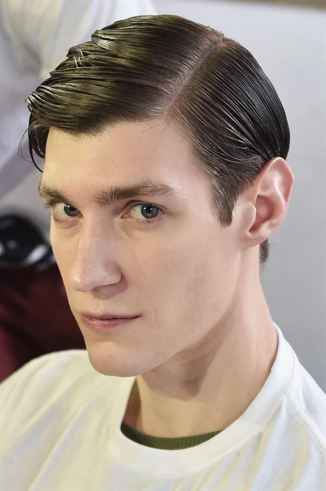 Tendenza Tagli capelli uomo inverno 2016/2017: ciuffo laterale