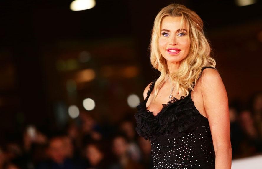 Valeria Marini festeggia 50 anni