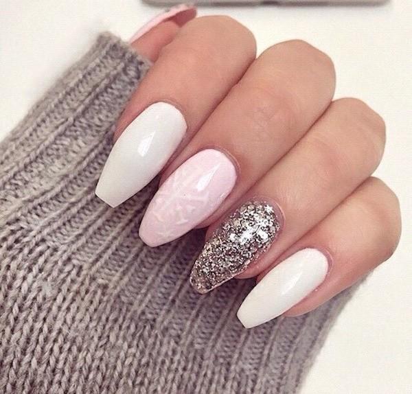 Unghie natalizie 2015 che colore scegliere - Unghie argento specchio ...