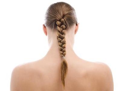 come-fare-la-treccia-alta-su-capelli-lunghi_6bfd646d7f6506336d597952f374a22f