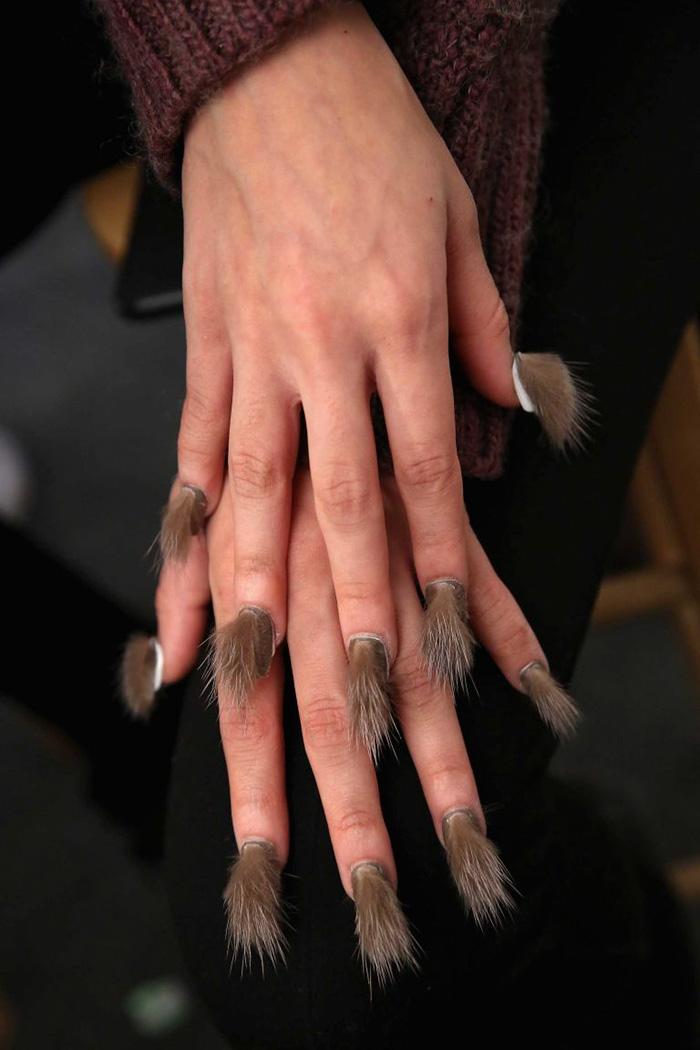 unghie pelose melania migliozzi