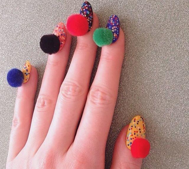 pom pom nails