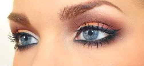 trucco-occhi-azzurri