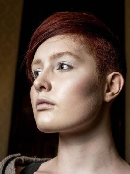 capelli-corti-con-rasatura-laterale