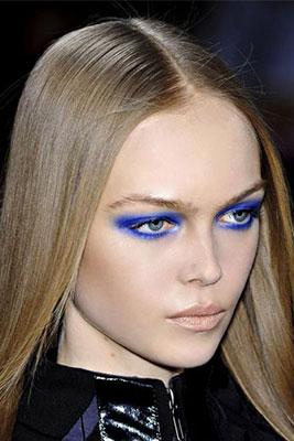 Make-up-primavera-estate-2016-Trucco-occhi-azzurro-pastello