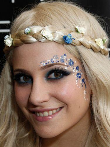 pixie-lott-festival-makeup