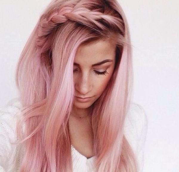 Capelli colore rosa
