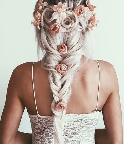 Maschera per capelli con risposte di pane di segale