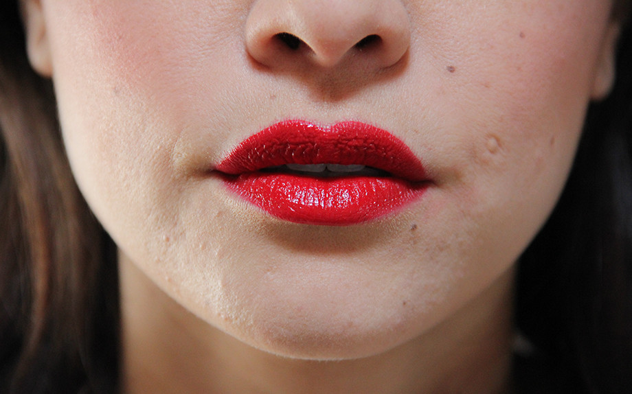 lipstick Armani maestro drama red