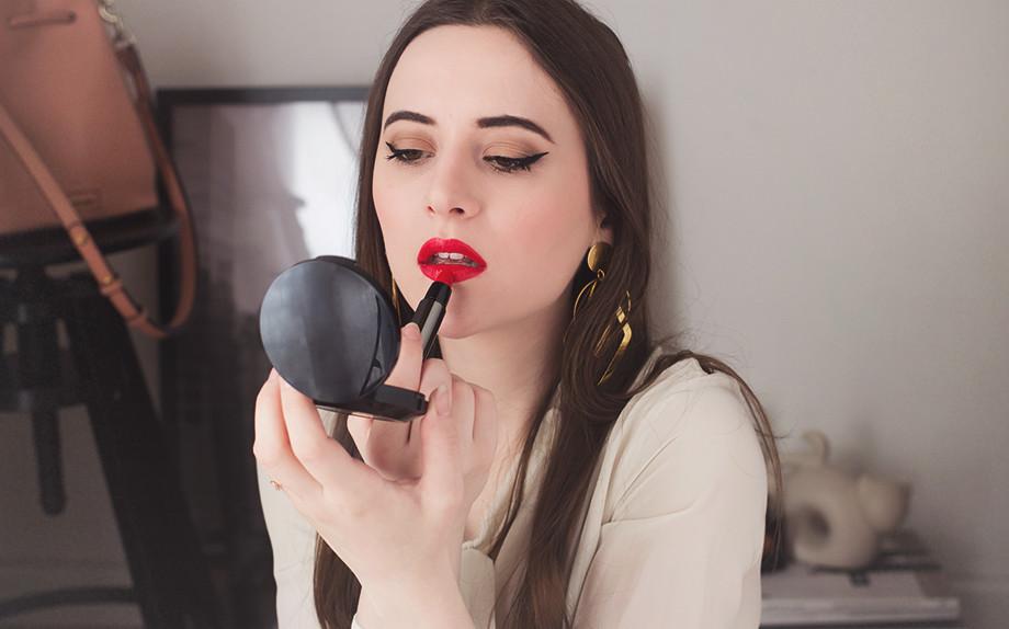 Full Kisses Burberry, il rossetto per labbra a prova di bacio jolieidee