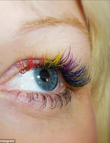 340631C500000578-3583828-Colours_of_the_rainbow_Coloured_mascara_has_been_a_previous_beau-a-1_1462927838108