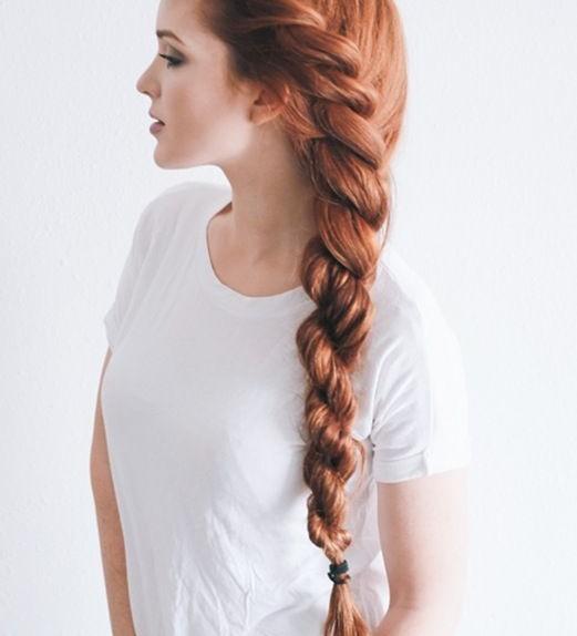 Treccia laterale morbida capelli corti