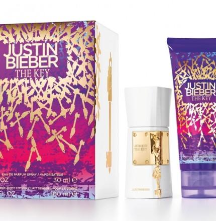 Il-kit-natalizio-Justin-Bieber-Eau-de-Parfum-THE-KEY-da-30-ml-Body-Lotion-THE-KEY-da-100-ml-Suoneria-per-smartphone-30-90-euro_image_ini_620x465_downonly