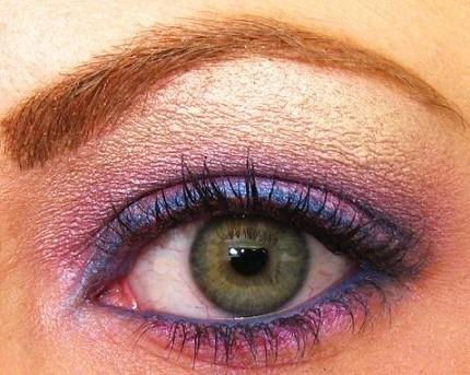 ombretto-rosa-per-occhi-verdi