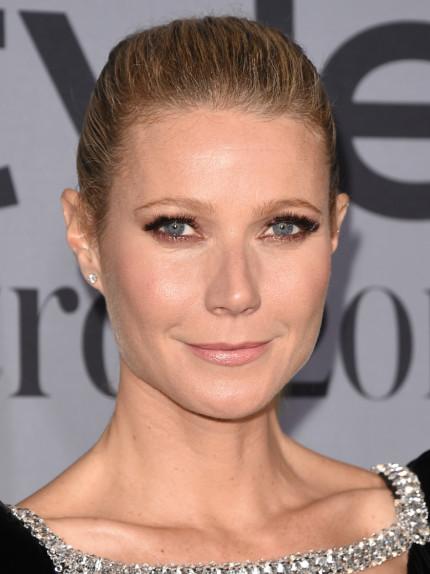 Lo smokey eye di Gwyneth Paltrow: ideale per le bionde con la pelle chiara