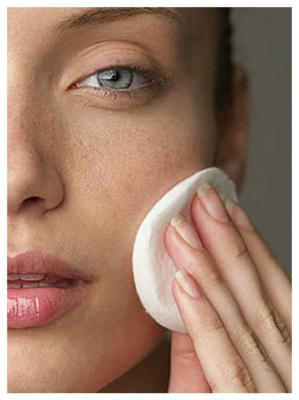 10 tip per la cura della pelle secca