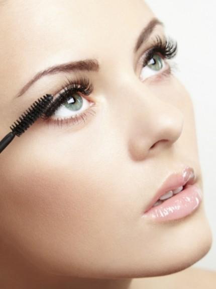 Mascara: come applicarlo con tecniche diverse (ma lo stesso scovolino!)