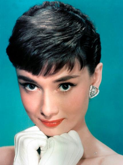 Come assomigliare ad Audrey Hepburn: make up raffinato e acconciature impeccabili