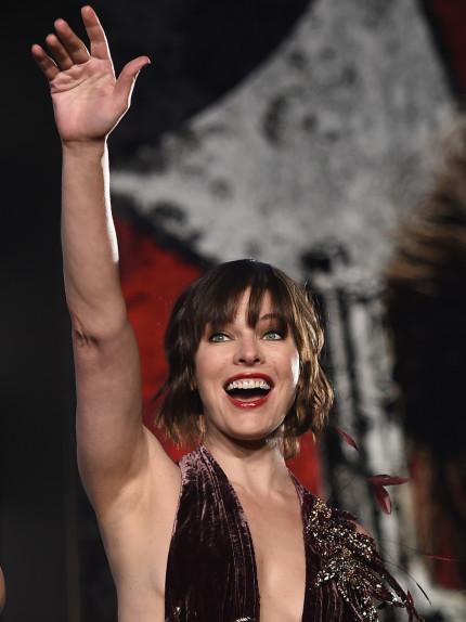 Look delle feste: Hollywood style come Milla Jovovich