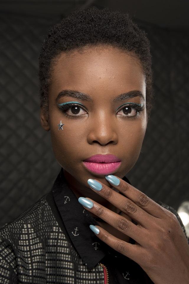 Unghie Fashion: New York Fashion Week: La Manicure Cambia Look