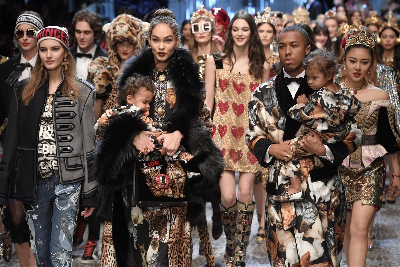 414e13b6cb I Millennials di Dolce & Gabbana alla Milano Fashion Week 2017 ...