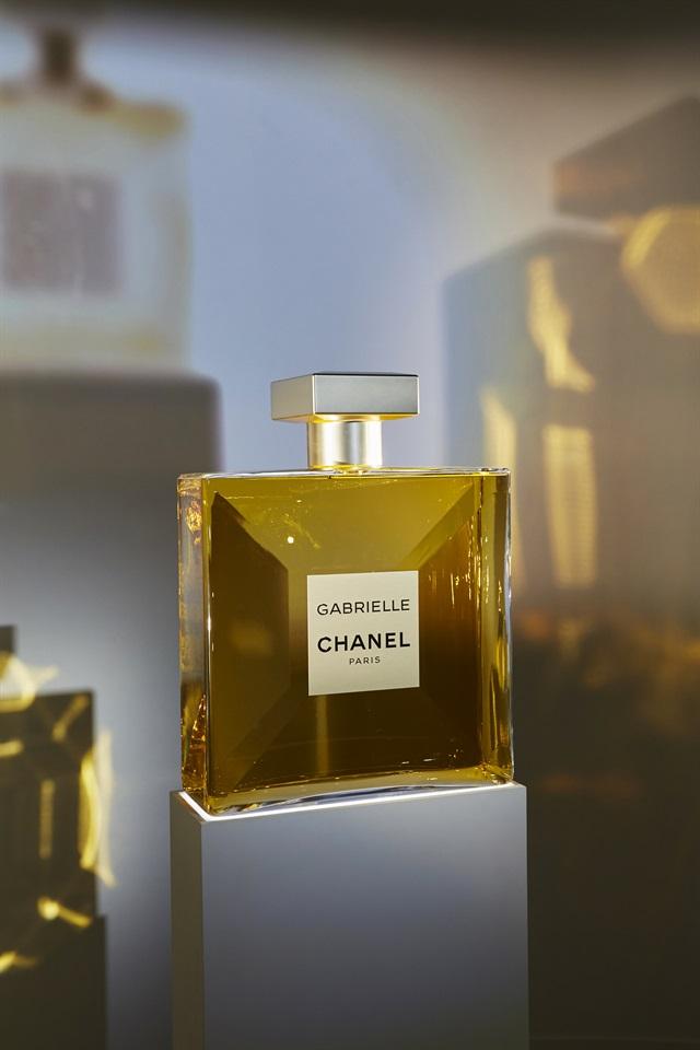Con Il Nuovo Profumo Gabrielle Chanel Querciacb