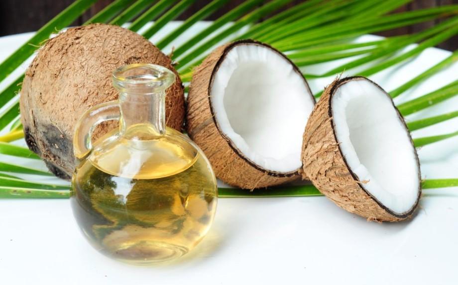 olio di cocco per la bellezza dei capelli della pelle