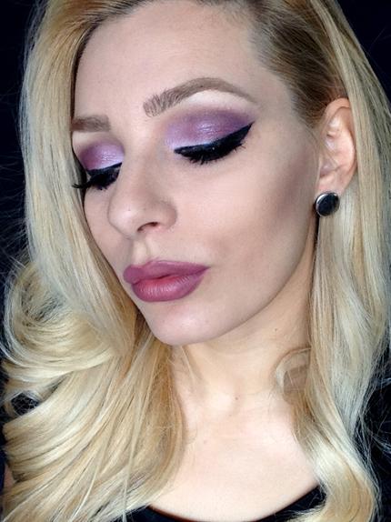 dramatic purple makeup, il focus è sullo sguardo!