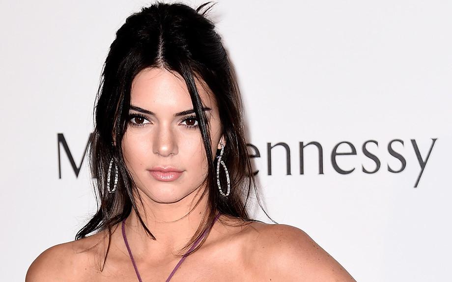 Kendall Jenner, gipsy agli amfAR 2015