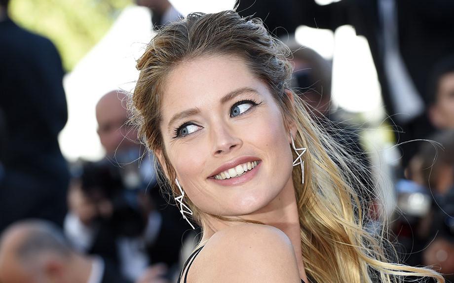 Eyeliner, i grafismi di Cannes 2015
