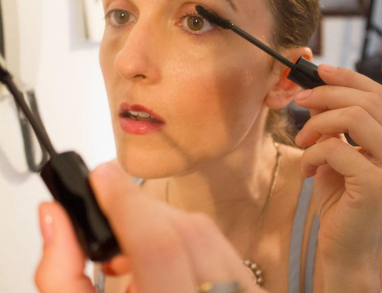 Applicazione-in-corso-Shiseido-Mascara
