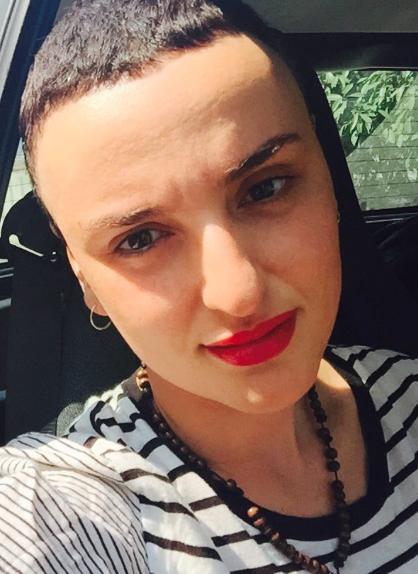 Arisa, nuovo taglio di capelli e tante polemiche