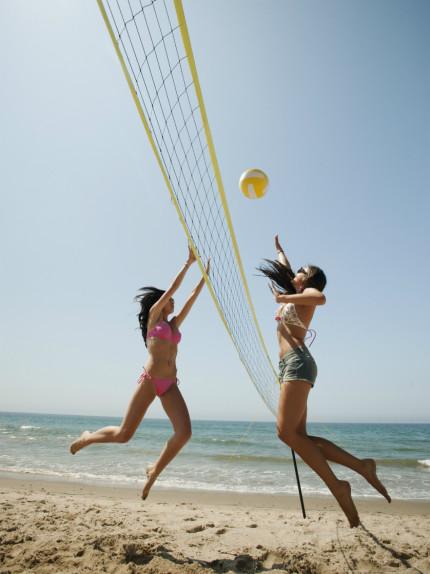 Bruciare calorie in spiaggia divertendosi