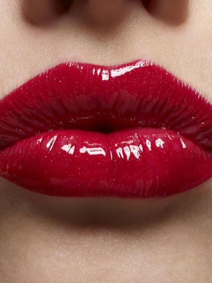 La lacca per le labbra al test