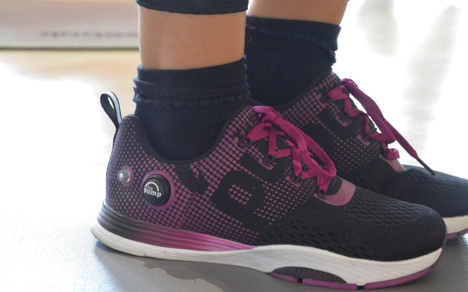 glamour-vicenzafitness-allenamento-funzionale-alessia-canella-reebok-pump-top-incrociato-fit-shoes