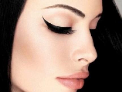eyeliner-verso-lalto
