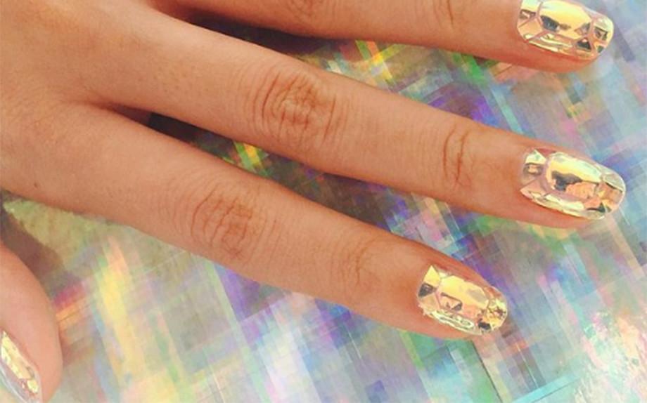 glass nail art inspiration gold