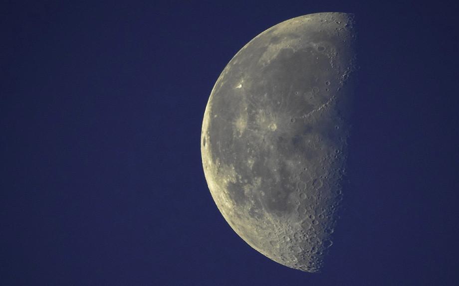 Taglio dei capelli in luna crescente