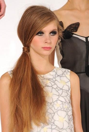 capelli-lunghissimi-con-coda-bassa