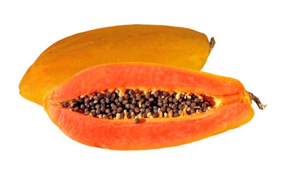 Drenante, anti-age e salva cuore. Sfrutta i tre benefici della papaya!