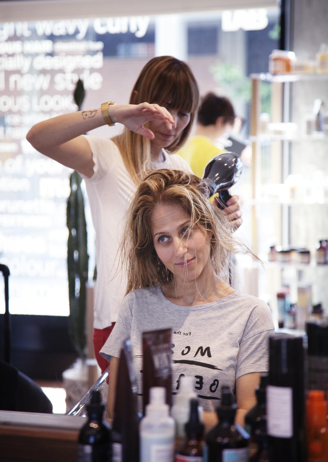 f72f9cdb8b77 La piega perfetta per capelli secchi