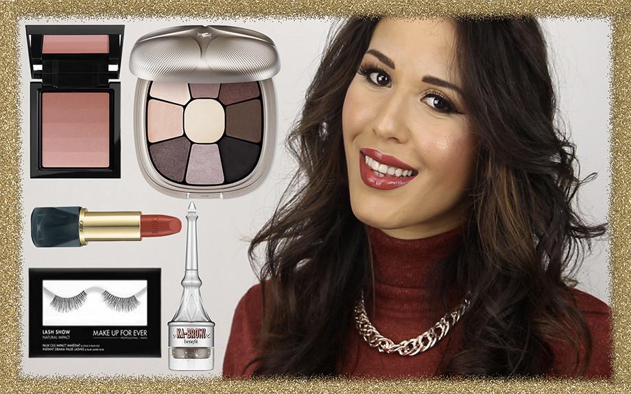 Makeup per Natale Luminoso con Labbra Rosse