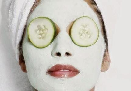 come-preparare-una-maschera-per-il-viso-al-cetriolo-e-miele_779e3f838903a3fa3cfef7806e3f8147