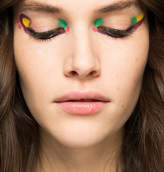 festival-eye-makeup-fendi-fall-2016