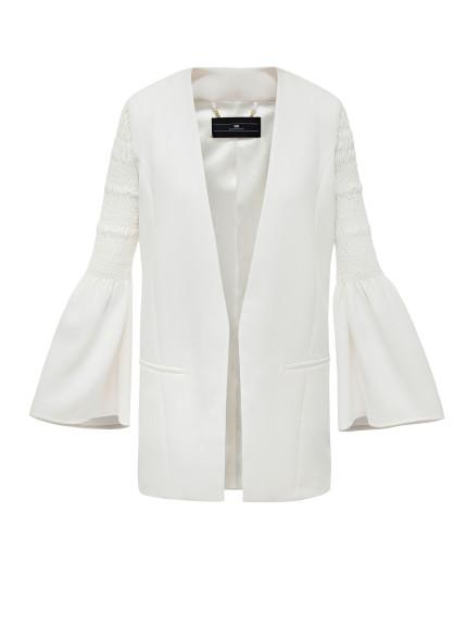 Elisabetta franchi, giacca con maniche ampie (un must per questa stagione)