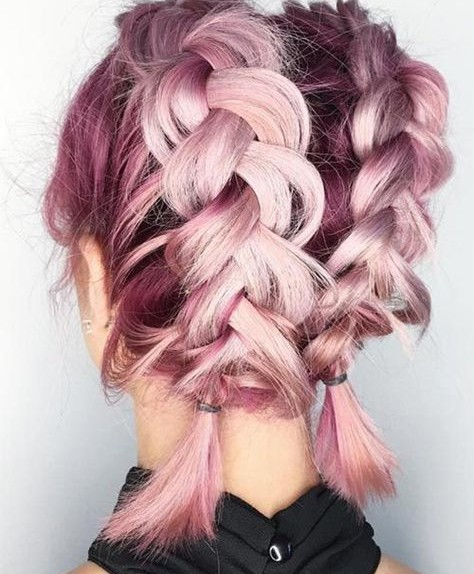 Ritroveremo tocchi di rosa pastello sui capelli